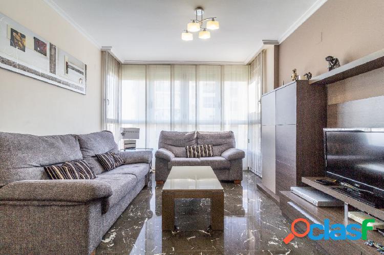 Estupendo piso en la zona del 9 de Octubre (Nou Campanar)con