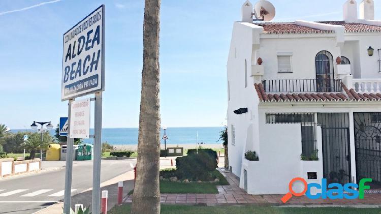Increíble adosado con vistas al mar en Aldea Beach.