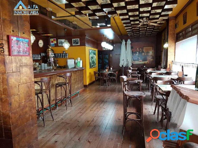 LOCAL ACONDICIONADO PARA CAFETERÍA EN EL CENTRO!
