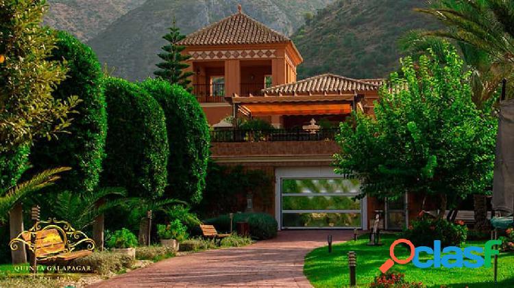 Lujosa villa de estilo Andaluz en Istan
