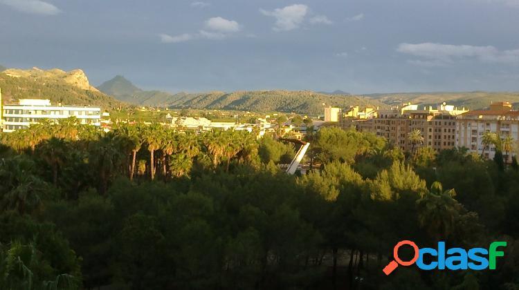 Piso en Venta en Alzira, Valencia