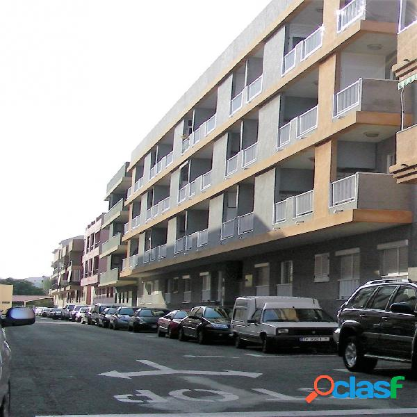 Piso en Venta en Arona, S. C. Tenerife