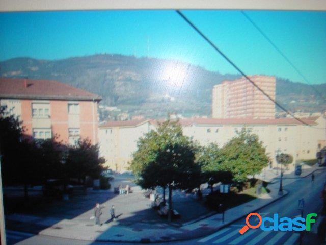 Piso en Venta en Oviedo, Asturias