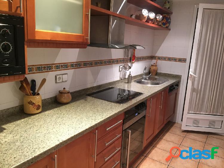 Precioso piso de 4 habitaciones en el centro de Lleida
