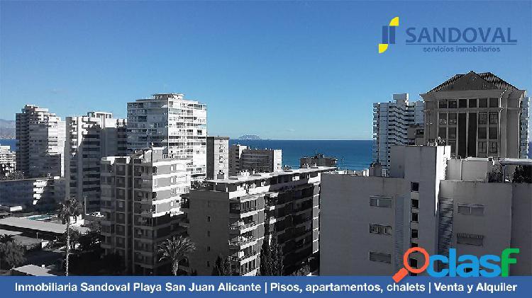 Se Vende Ático con plaza de Garaje y Trastero en Playa San
