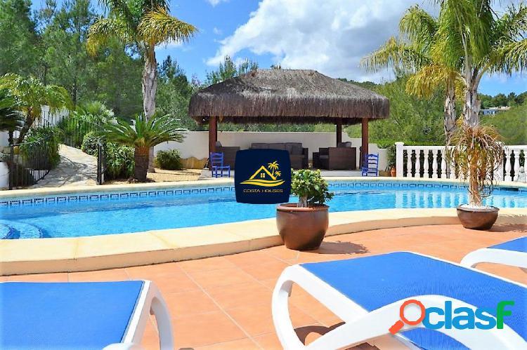 Villa Mediterránea en JAVEA sobre Montaña a 6 min de Playa