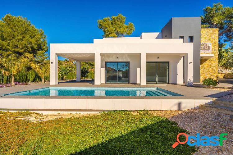 Villa Nueva Construcción en venta Calpe