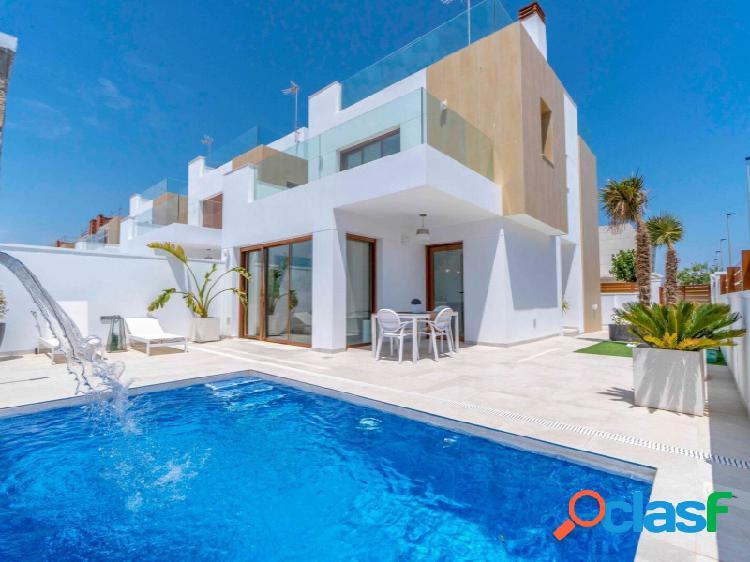 Villas de lujo con piscina privada y vistas al mar, Torre de