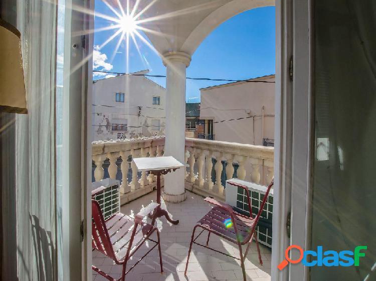 Casa en venta de 270m² en Calle Portal de la Mercè 1,