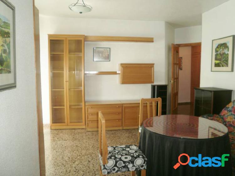 EStupendo apartamento de dos habitaciones en zona de ciudad