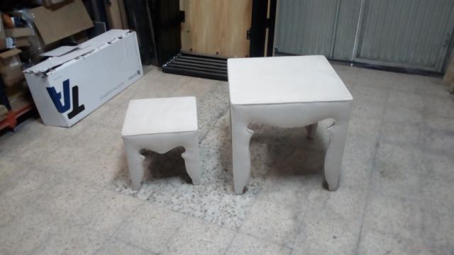 Juego de mesas nido tapizadas