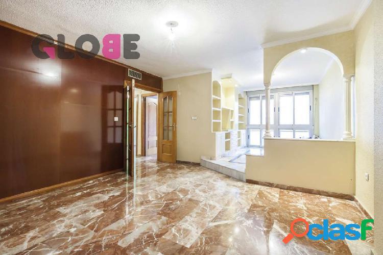 Magnífico piso de 4 dormitorios en zona Flex de Camino de