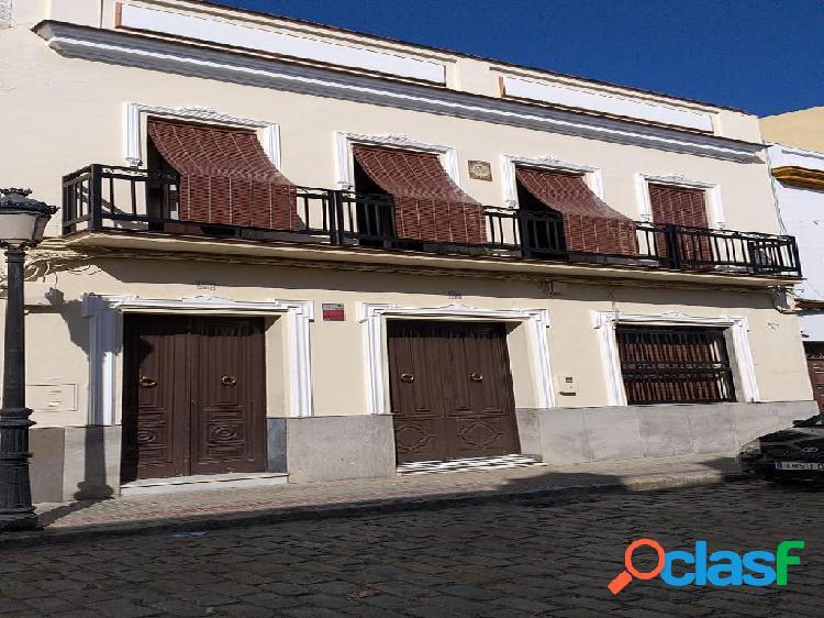 Casa en venta de 898 m² en Calle Cervantes, 41100 Coria del