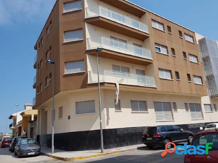 Edificio en Formentera del Segura. Ref.- 00079