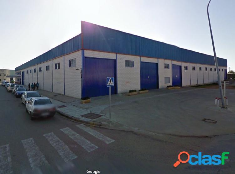 Nave industrial en Pol. Industrial de Montijo