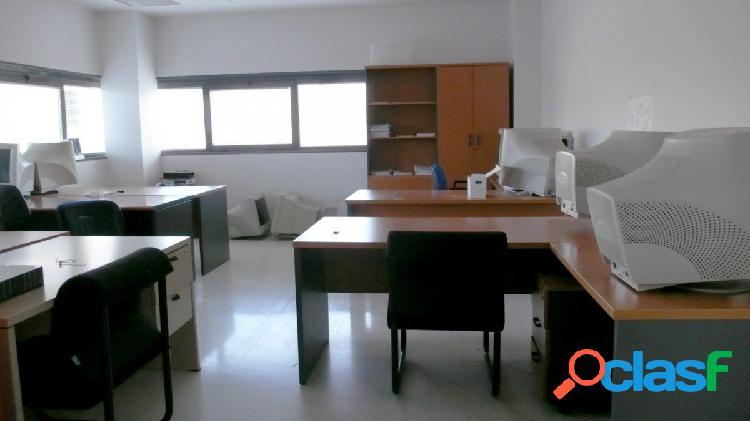 Oficina 60 m2. C. Comercial Los Alcores. Junto a Nuevo