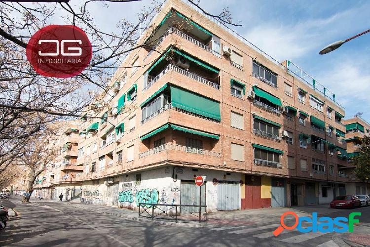 Piso ideal inversión en el Barrio de los Pajaritos, junto a