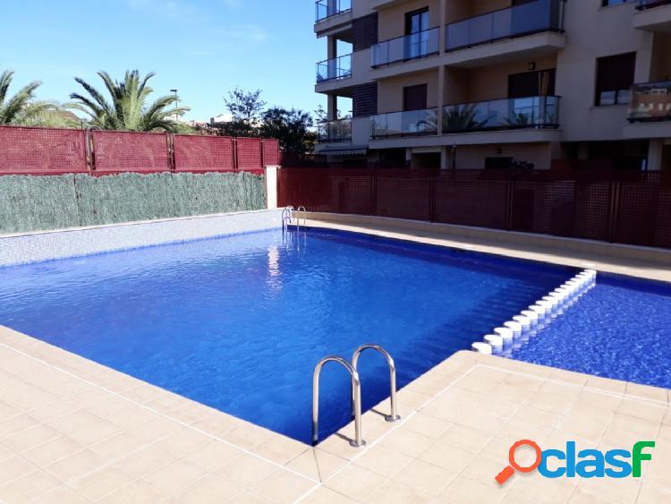 Planta baja con amplia terraza y piscina en Aldaia