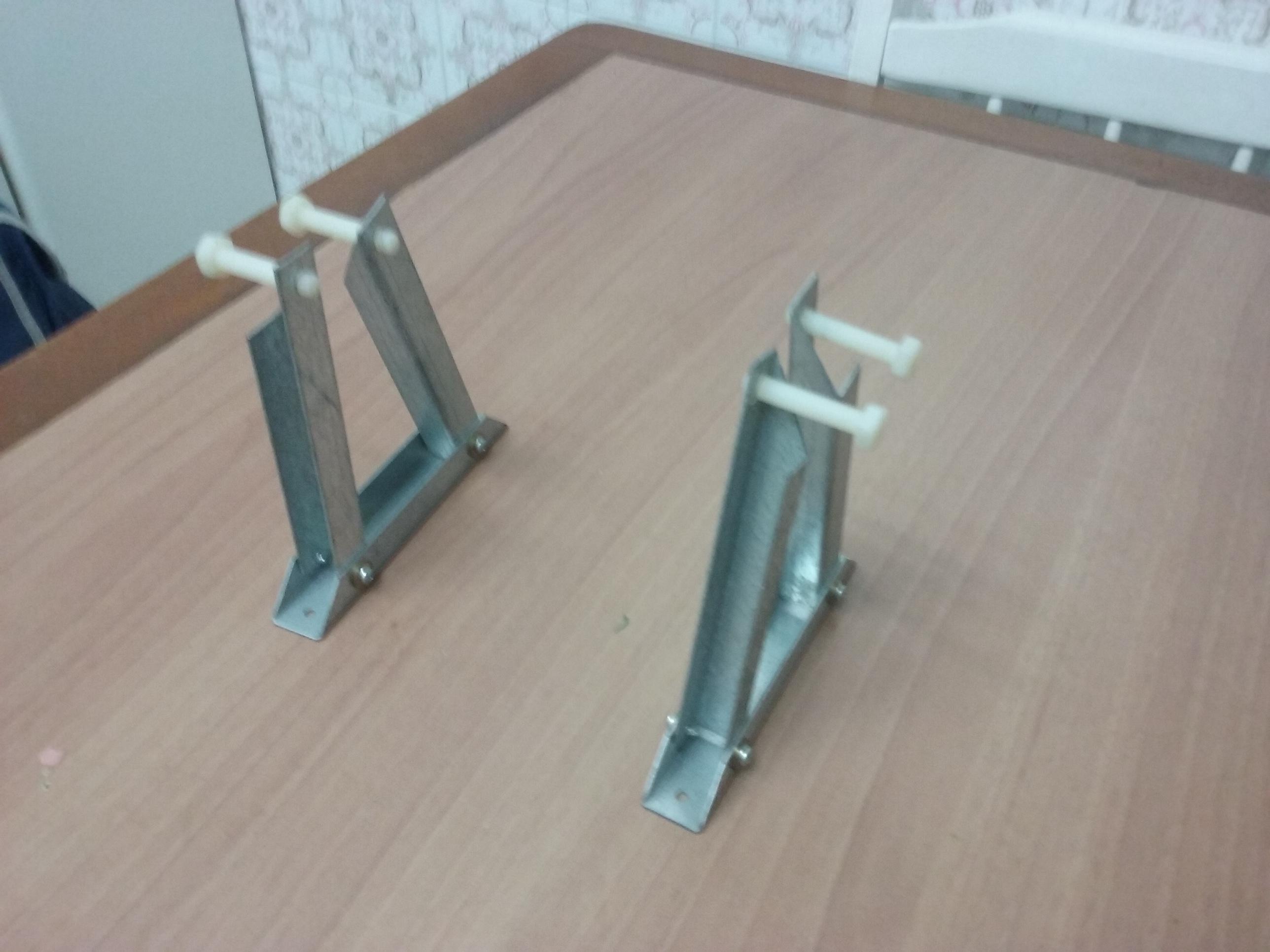 Soportes de metal para sujetar lavabo