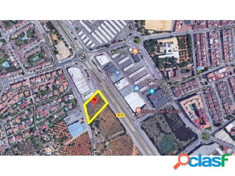 Suelo industrial frente al Sevilla Factory de Dos Hermanas