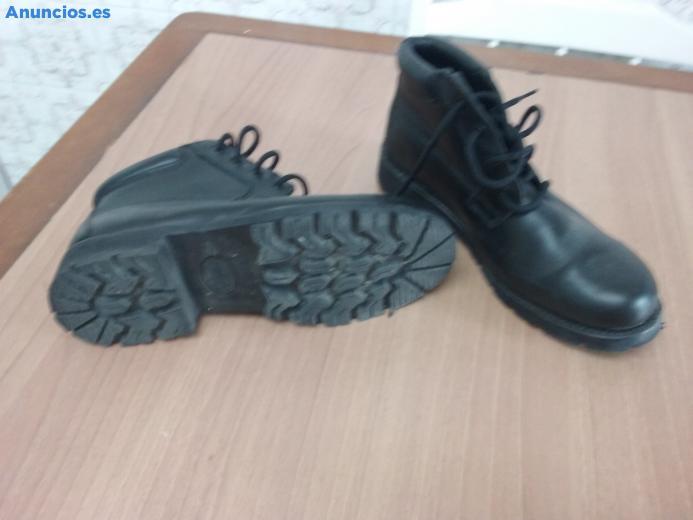 Botas De Color Negro, Marca Ituui, Talla , Nueva