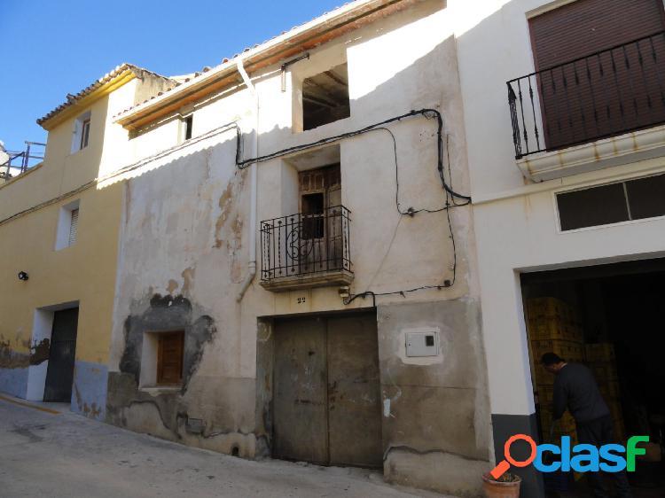 Casa de pueblo en Bolulla para reformar