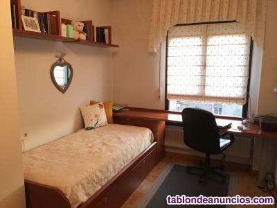 Dormitorio juvenil, con cama nido y armario de gran