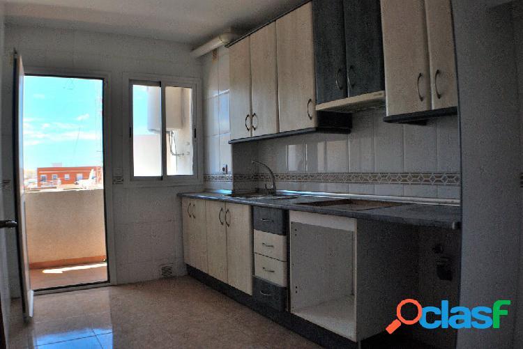 Encantador piso de dos dormitorios en La Gangosa