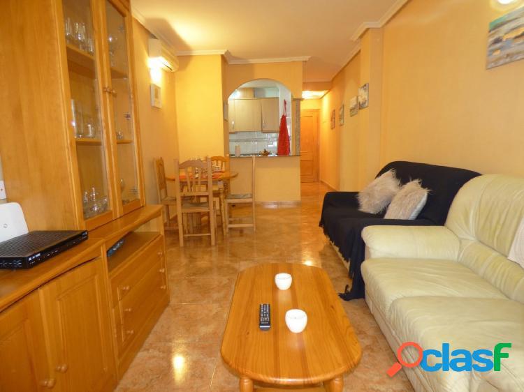 Piso de 2 dormitorios en Torrevieja
