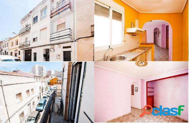 Piso en venta en Calle CABALLEROS, Pedreguer (Alicante)