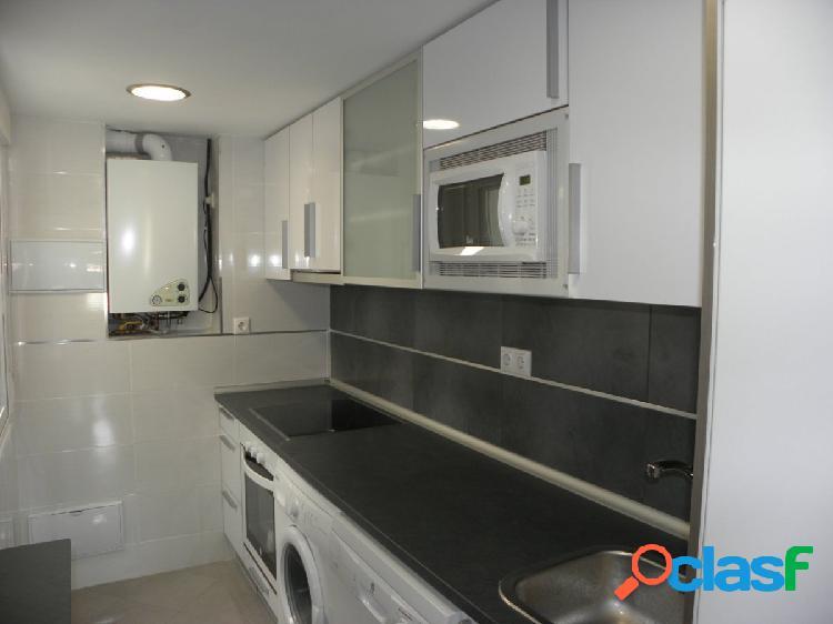 Se alquila piso reformado en Calle Numancia - Miguel Servet