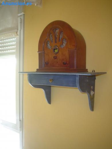 Aparato Radio Tipo Antiguo Con Maderas Finas,Con Sele
