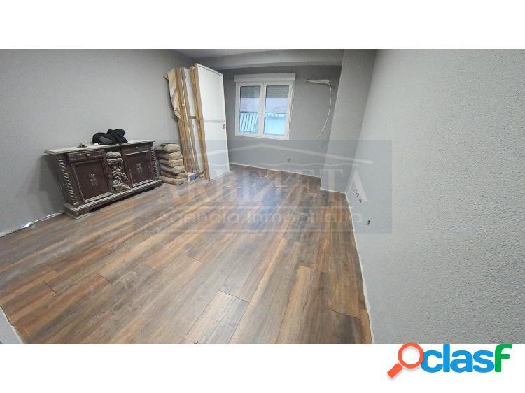 Piso de 90 m2 totalmente reformado situado en el centro de