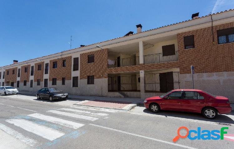 Urbis te ofrece un piso en Castellanos de Moriscos.