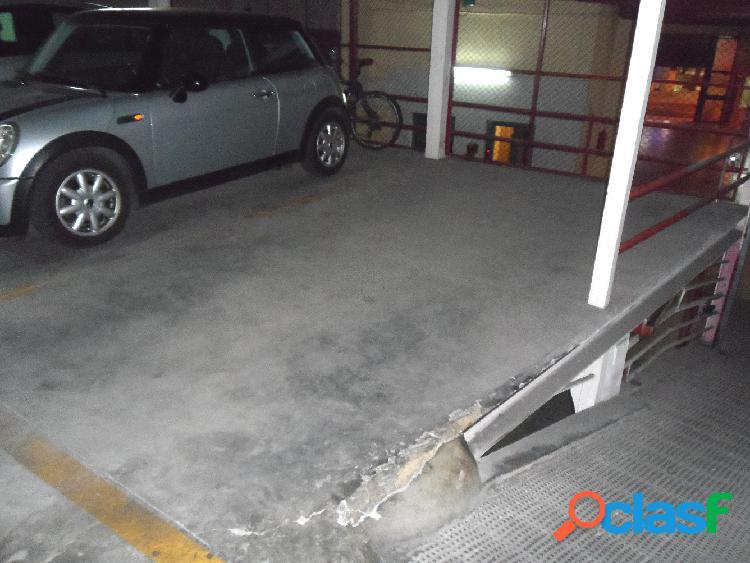 plaza de garaje, zona tesorería seguridad social.