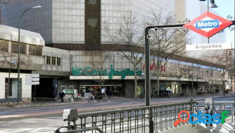 LOCAL COMERCIAL EN CALLE ANDRES MELLADO