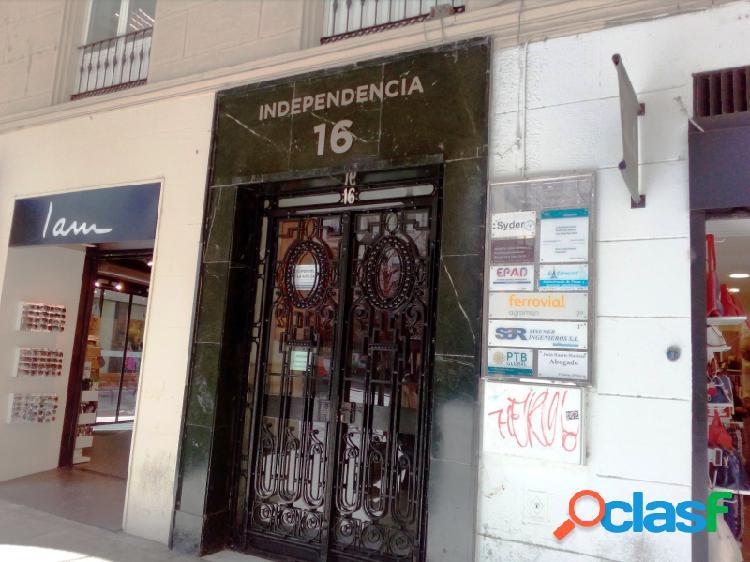Oficina en Paseo Independencia, 38 m², gastos incluidos.