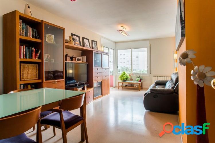 Piso en venta de 96m2 con 3 habitaciones y 1 plaza de