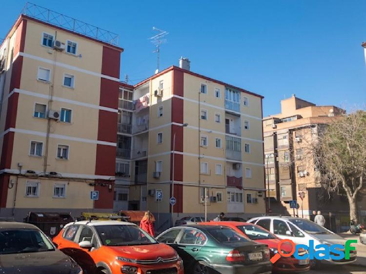 Piso en venta en calle Jose Arcones Gil, zona Pueblo Nuevo