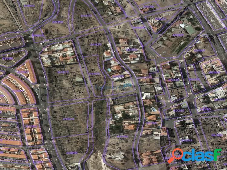 parcela urbana para unifamiliar