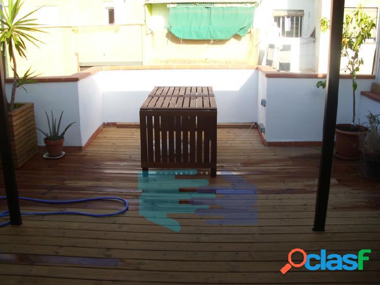 Ático con dos terrazas, mucho sol, muy bien situado, bien