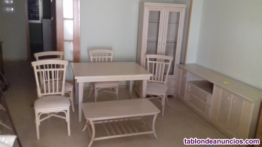 Muebles de comedor en roble