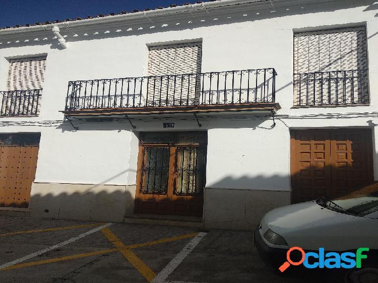 Casa de 393 m2 en Calle De la Fuente, Gastor (El) (Cádiz)