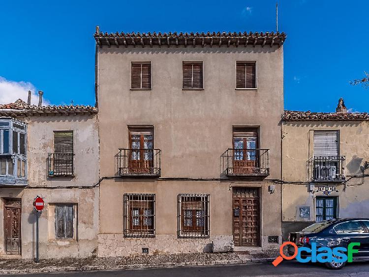 Casa en venta de 344 m2 en Calle Benito Hortelano, Chinchón