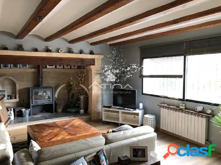 Chalet con encanto en venta con apartamento de invitados en