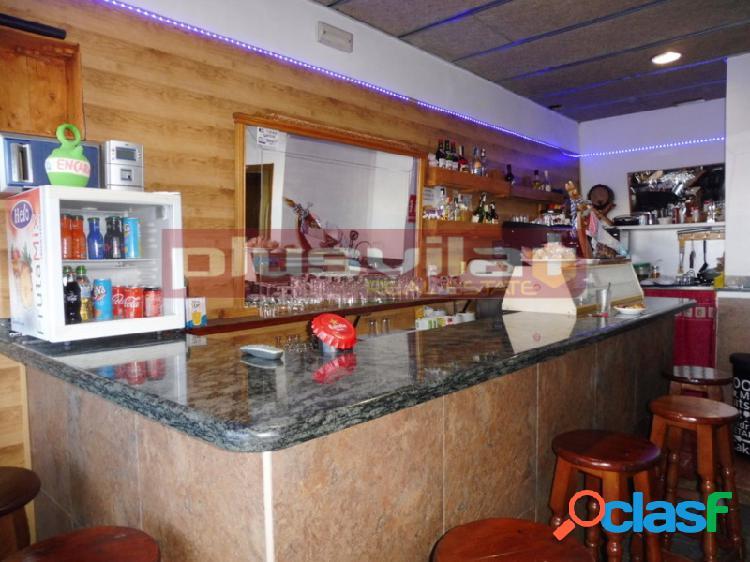 Local comercial en venta en Barrio Les Clotes, Vilafranca