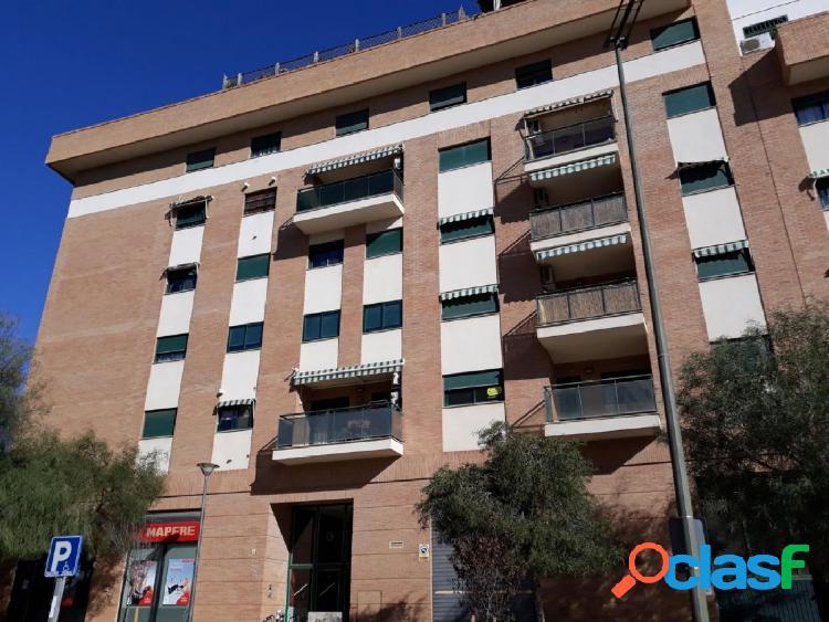 Piso de 3 dormitorios con parking en Paterna