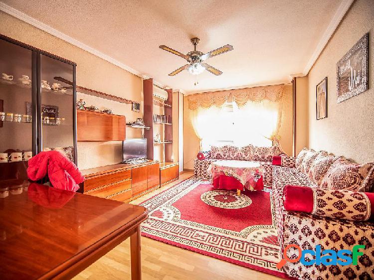 Piso en venta de 102m² en Calle Barranquete 68, 30150
