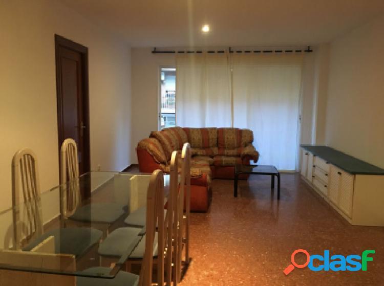 Se vende o alquila piso en zona de Patraix en zona tranquila