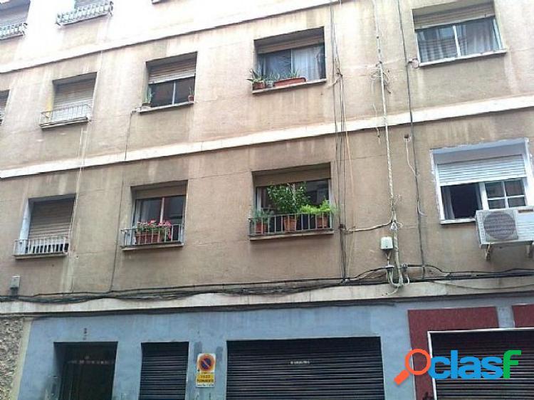 Se vende piso para reformar en San Antolín